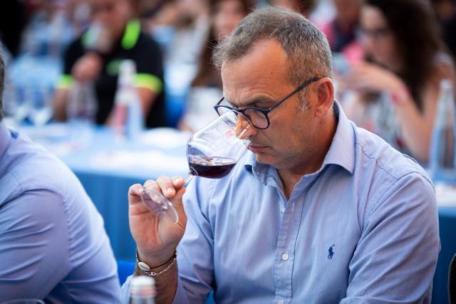 Le degustazioni di vino con la guida di esperti del settore