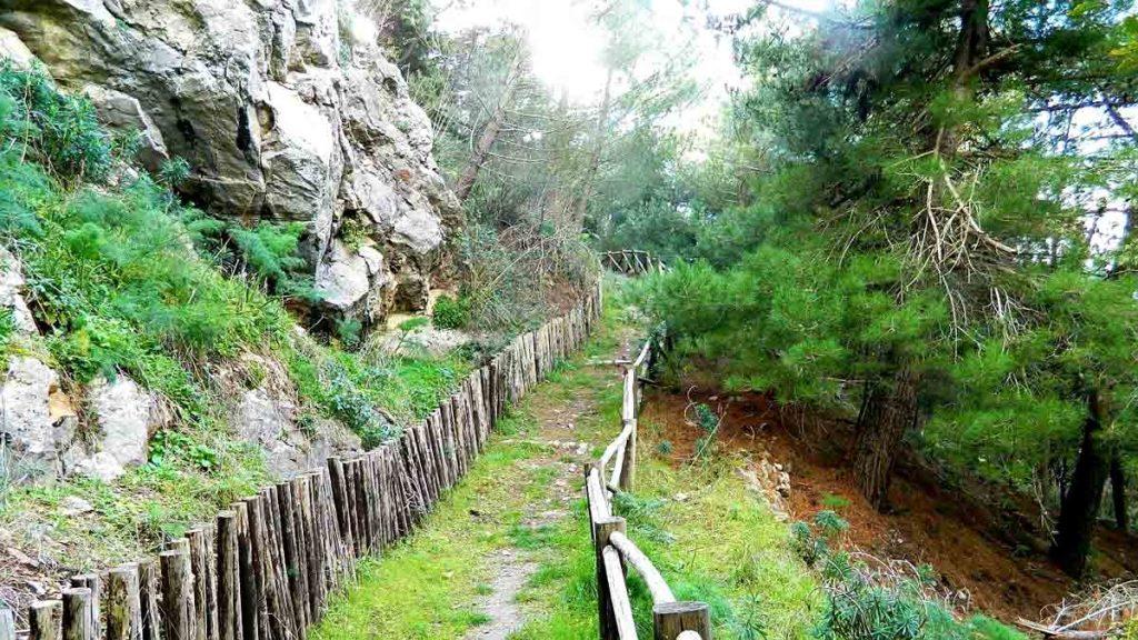 Escursione geoarcheologica alla Rocca di Sciara e Terravecchia